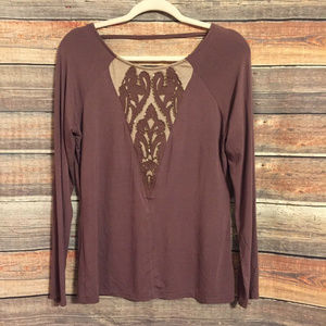 Gimmicks by BKE beaded embroidered top